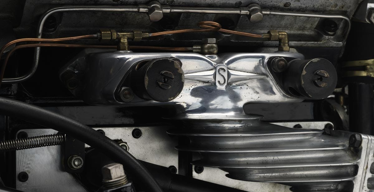 1933 squire engine close up